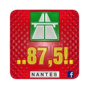 Fiche de la radio 875