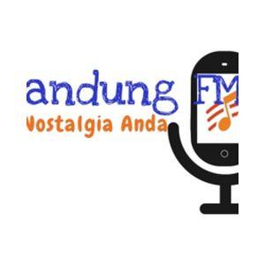 Fiche de la radio Senandung FM